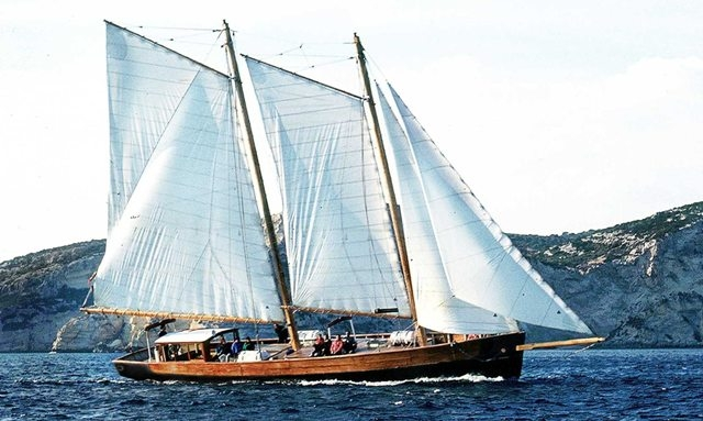 Sail Boat trips in Villasimius