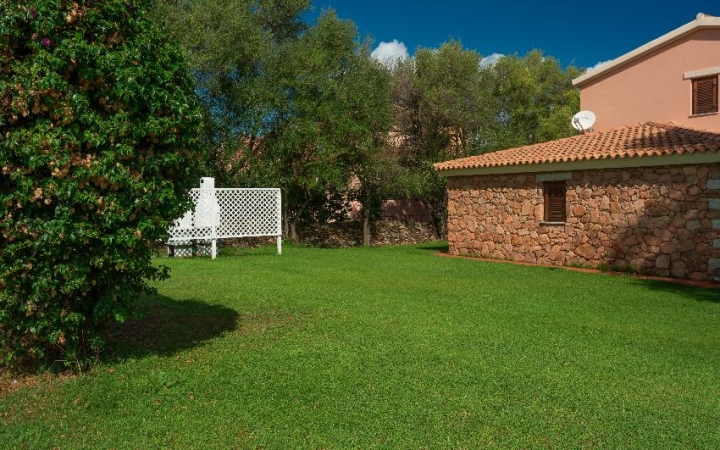 Holiday Apartments San Teodoro May and June Special Deals
